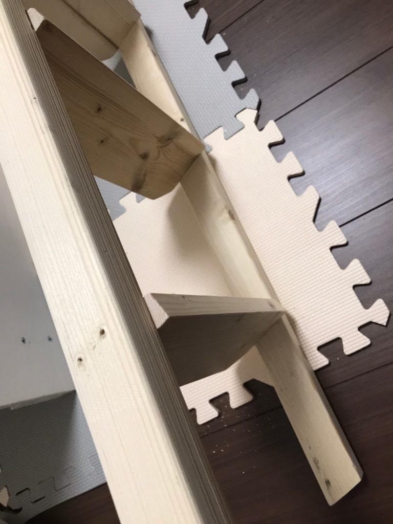 キッズハウス製作 梯子組み立て