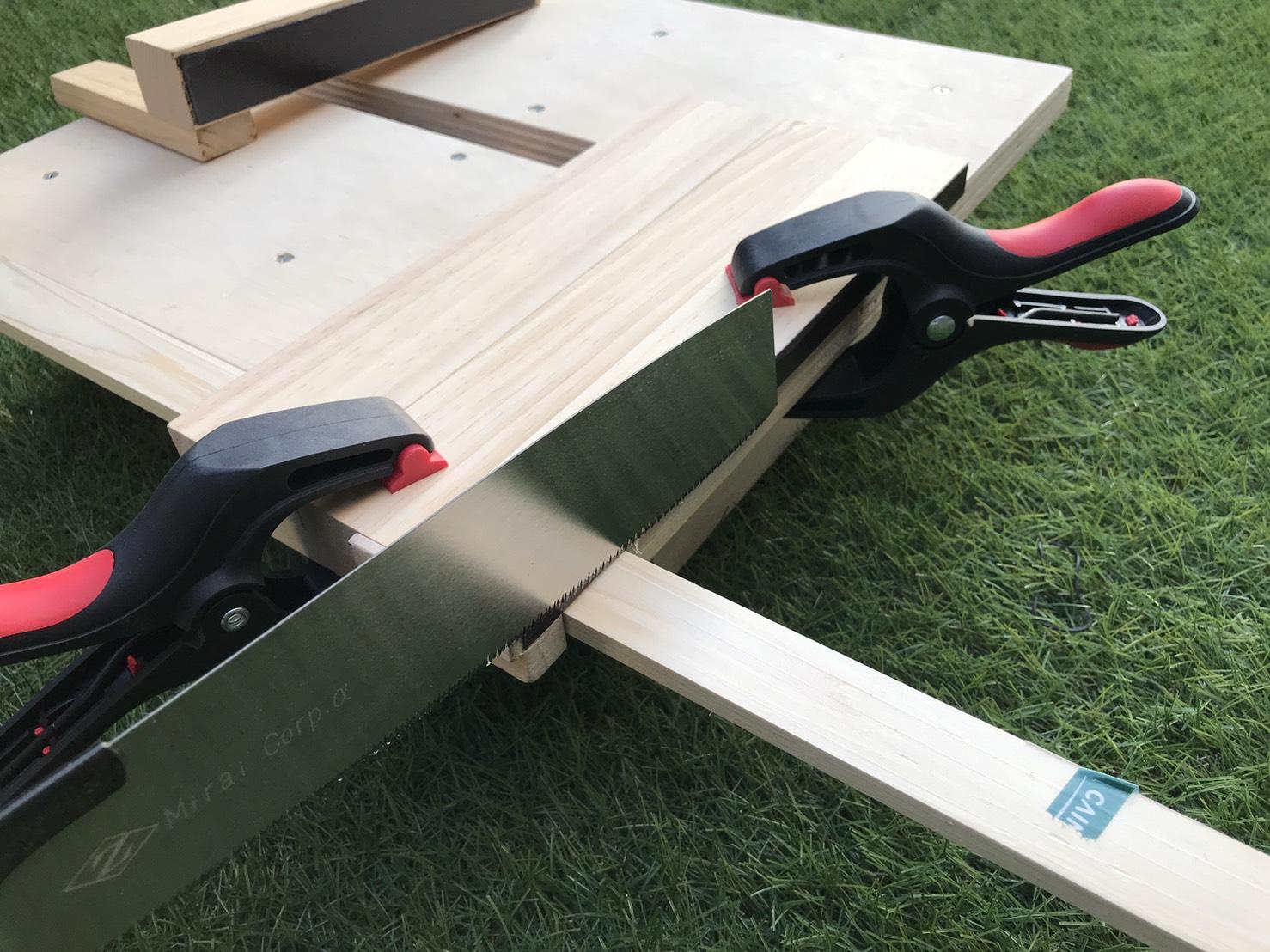 直線ガイド 木材カット