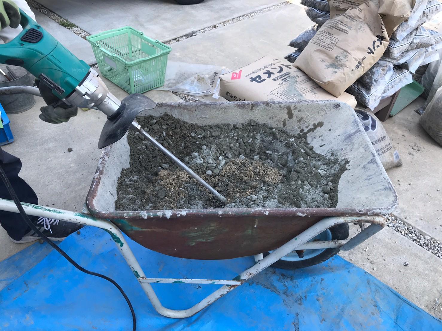 コンクリート撹拌機